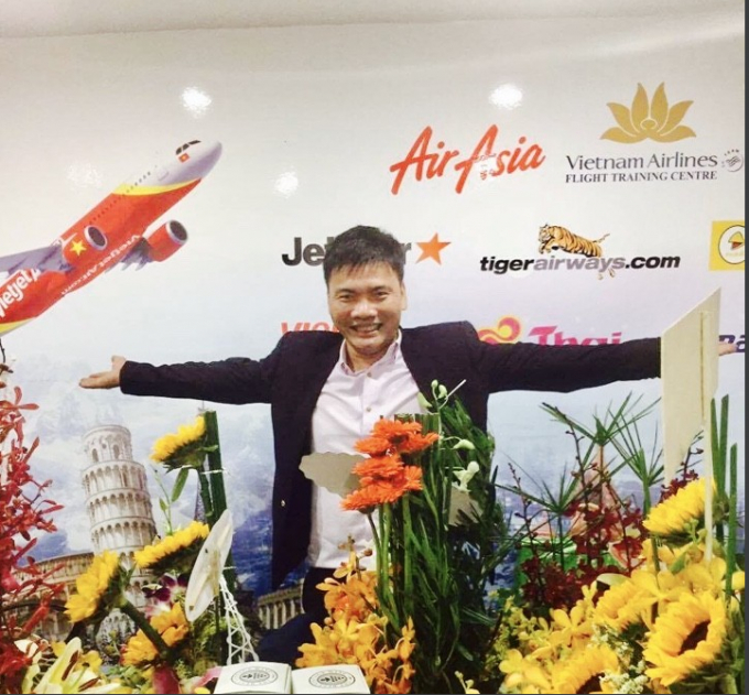 """Ông Võ Anh Kiệt, giám đốc Công ty Du lịch Dolux hiện đã """"bay xa"""" theo đôi cánh tay của mình. Ảnh NĐT"""