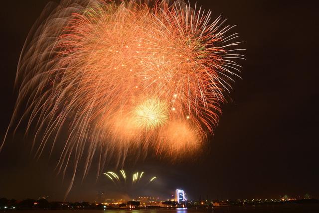 Bữa tiệc pháo hoa bằng hình ảnh
