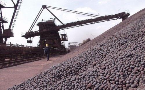 Bộ Tài chính cho rằng, cần nghiên cứu thực hiện chính sách cấm xuất khẩu khoáng sản thô, không áp dụng chính sách cho xuất khẩu khoáng sản cá biệt (Ảnh minh hoạ).