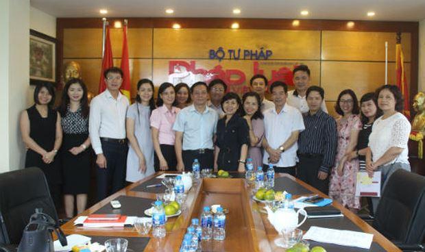 Báo Pháp luật Việt Nam làm tốt việc xây dựng các điển hình tiên tiến