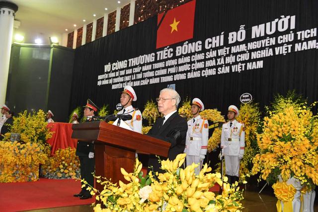 Tổng Bí thư Nguyễn Phú Trọng đọc lời điếu. (Ảnh: Dân trí)