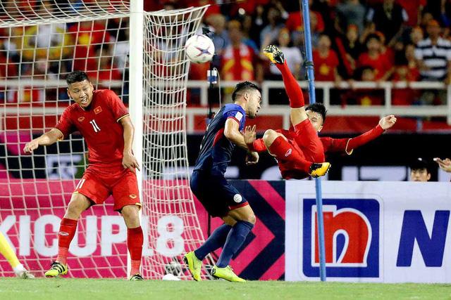 Quang Hải có nguy cơ không thể góp mặt ở trận đấu tại Mỹ Đình.