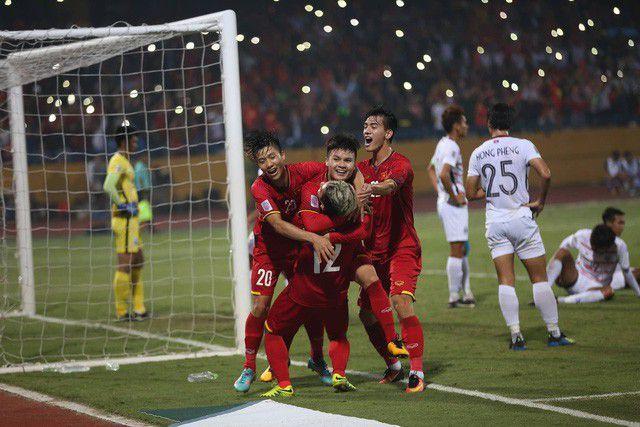 Năm qua là năm đại thành công của bóng đá Việt Nam.