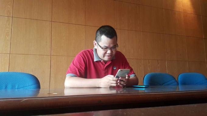 Nhà báo Trịnh Lê Nam.