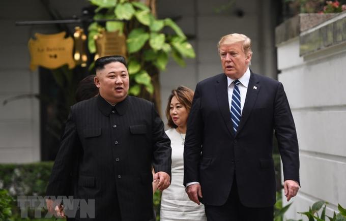 Trong cuộc trả lời câu hỏi báo chí ngắn sau cuộc họp song phương mở rộng, Chủ tịch Kim Jong-un nói rằng ông hoan nghênh nếu Mỹ mở một văn phòng đại diện ở Bình Nhưỡng. (Ảnh: TTXVN)