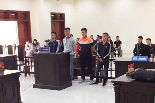 Tòa án nhân dân tỉnh Thanh Hóa vừa mở phiên tòa xét xử sơ thẩm vụ án hình sự đối với 4 bị cáo.