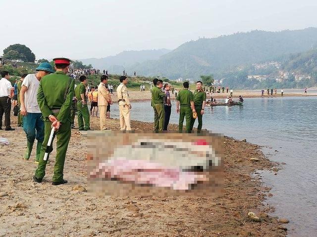 8 học sinh ở TP Hoà Bình tử vong khi đi tắm sông.