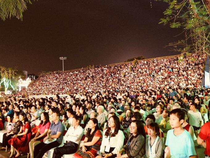 Sự kiện thu hút sự tham gia của hàng vạn người dân Hải Phòng và du khách.