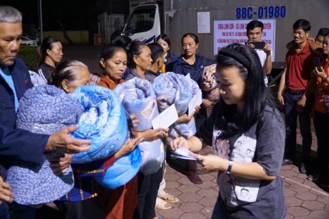 15 - Chua Linh Son cuu tro