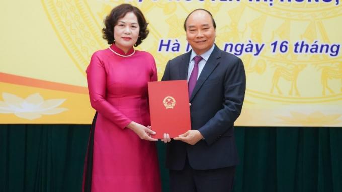 Bà Nguyễn Thị Hồng là nữ Thống đốc đầu tiên trong lịch sử ngành Ngân hàng.