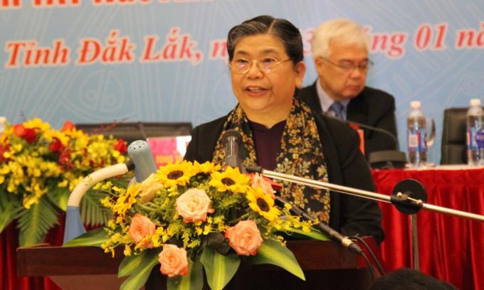 Đồng chí Tòng Thị Phóng, Ủy viên Bộ Chính trị, Phó Chủ tịch Thường trực Quốc hội phát biểu khai mạc Hội thảo.