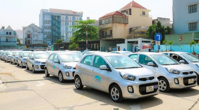 Đây là lễ bàn giao xe ô tô tập lái số tự động lớn nhất cả nước