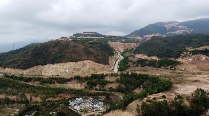 Một trong các dự án trên núi Chín Khúc. Ảnh: VNexpress