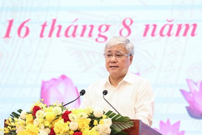 Chủ tịch UBTƯ MTTQ Việt Nam Đỗ Văn Chiến phát biểu tại Hội nghị