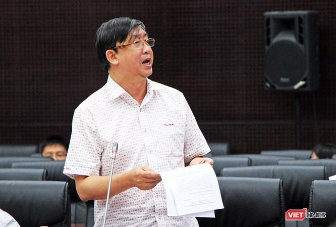 Ông Bùi Văn Tiếng, Chủ tịch Hội Khoa học lịch sử TP Đà Nẵng, bày tỏ quan điểm phản biện khágay gắttrong việc Đà Nẵng đưa ý tưởng lấn vịnh Liên Chiểu làm đô thị biển