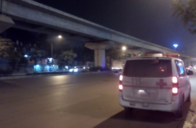 Xe cấp cứu đến nhưng nạn nhân đã tử vong.