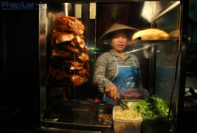 Chị Nguyễn Thị Thanh (sinh sống tại Cầu Giấy) than thở: