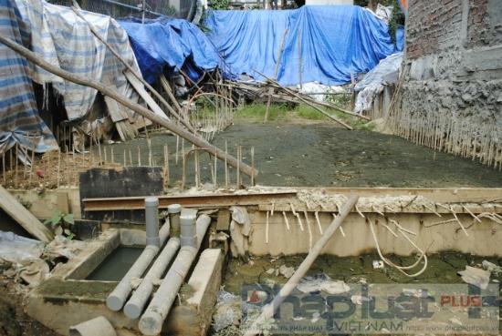 Hiện trạng tan hoang của thửa đất số 38 tờ bản đồ địa chính số 17 thuộc quyền sở hữu của gia đình ông Đào Quang Tế từ năm 1991 (Ảnh Đức Quý).