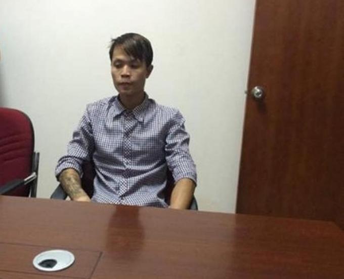Đối tượng Nguyễn Trí Long tại cơ quan công an