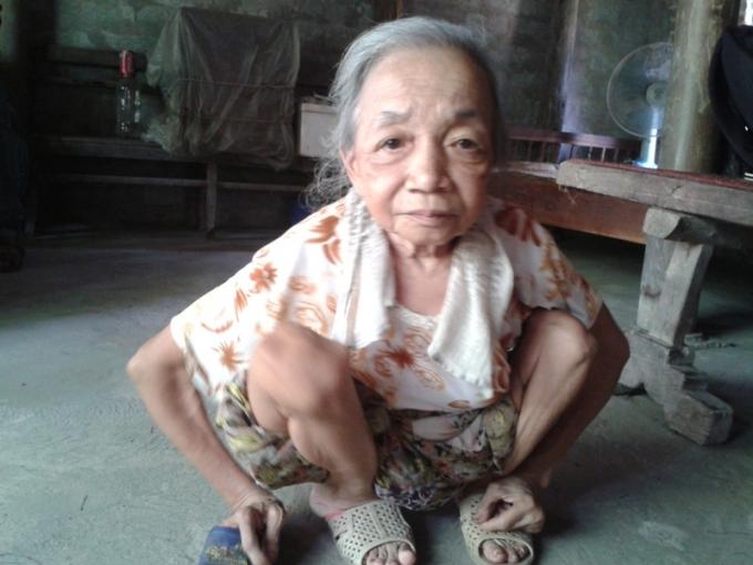 Bà Ngoan luôn mơ ước có được một mái ấm gia đình.