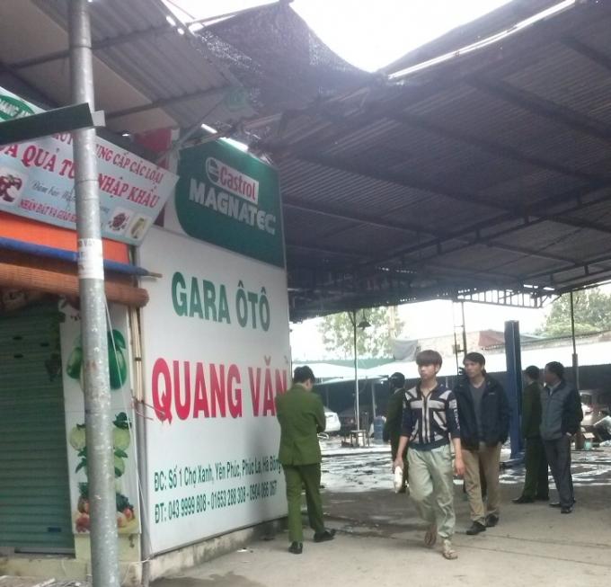 Xưởng Gara ô tô Quang Văn.