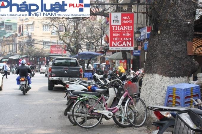 Đường Trần Phú.