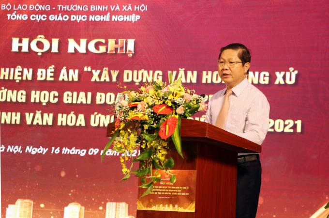 Thứ trưởng Bộ LĐTBXH Lê Tấn Dũng phát biểu tại Hội nghị.