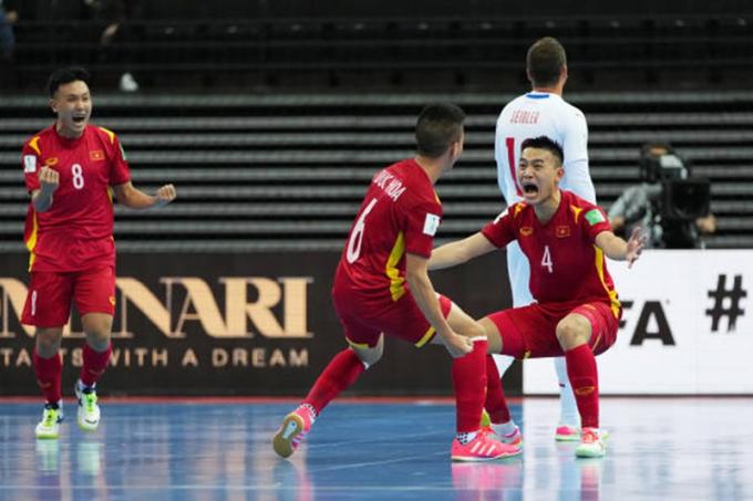 futsal-world-cup-viet-nam-czech-2_niir