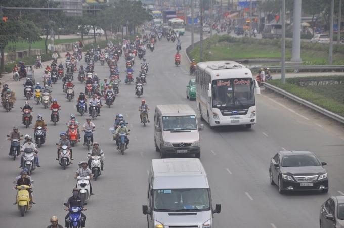 Những tuyến đường huyến mạch như Xa Lộ Hà Nội, Đại lộ Võ Văn Kiệt, QL 1A,... không xảy ra tình trạng ùn tắt cục bộ như mọi năm