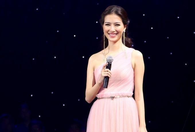 Hình ảnh thân thiện của Mỹ Linh mỗi lần lên sân khấu