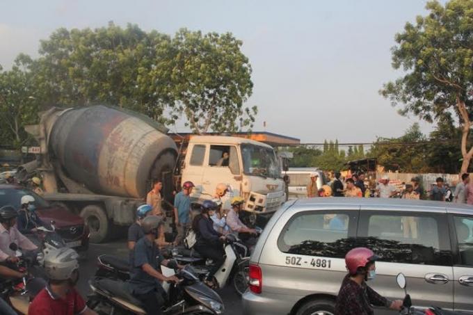 Khu vực xảy ra vụ TNGT trên tuyến đường Trường Chinh.