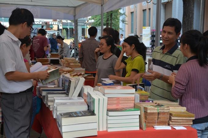 Con đường sách ra đời là niềm mog mỏi và ước ao của người dân TP Hồ Chí Minh.