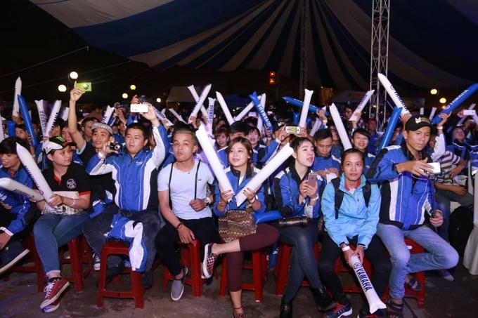 Hàng ngàn người đã háo hức ngày hội lớn nhất của những người yêu dòng xe Yamaha.