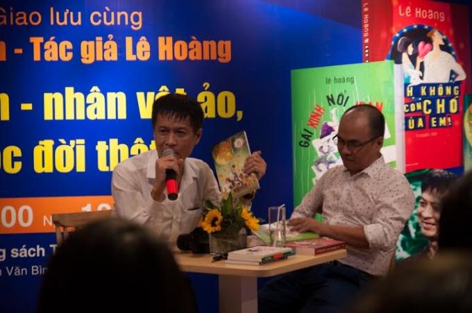 Đạo diễn - tác giả Lê Hoàng đã có những câu lời chia sẻ thú vị từ đêm giao lưu