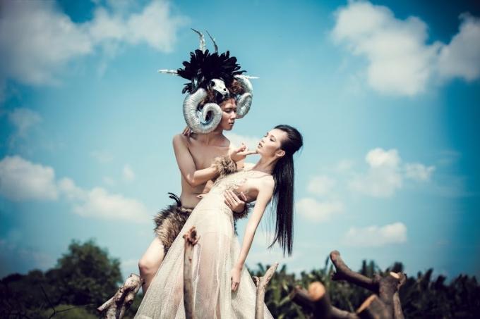 Jack Nguyễn vừa là người mẫu, diễn viên, vừa là make up, stylist, custum chủ đạo cho bộ ảnh.
