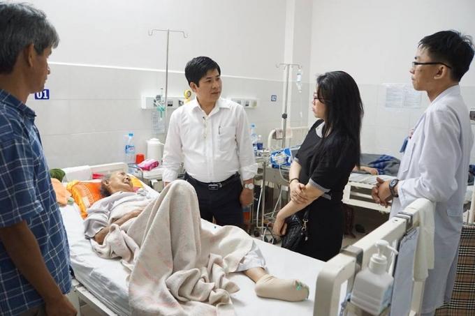 Thăm hỏi và động viên các bệnh nhân luôn được Ban lãnh đạo Bệnh viện quan tâm sâu sắc.