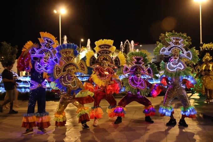 Lễ hội sắc màu Asia Park