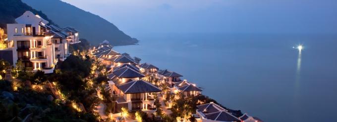 """InterContinental Danangvừa được vinh danh là """"Khu nghỉ dưỡng sang trọng bậc nhất Châu Á 2015"""""""