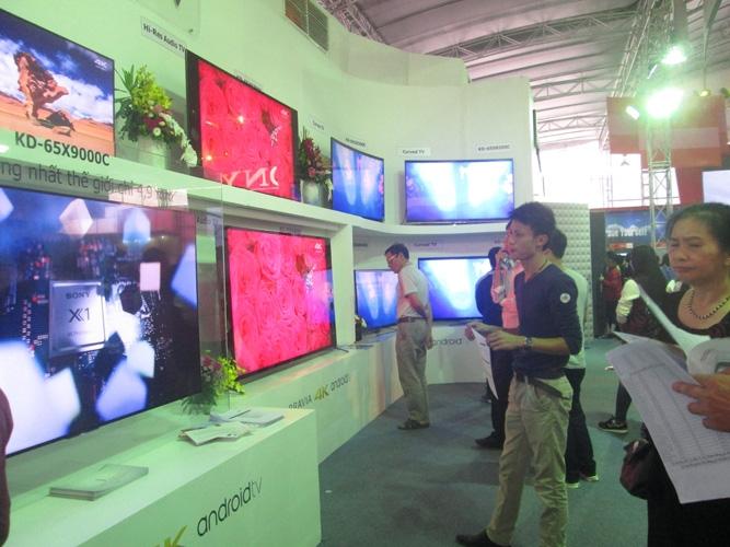 Điều gì khiến Sony Show 2015 thu hút hàng nghìn bạn trẻ