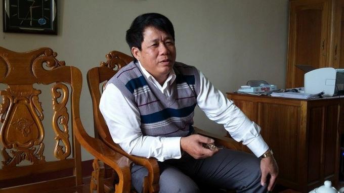 Ông Lê Sỹ Bình khẳng định đưa đơn đi xin chứ không có họp bàn.