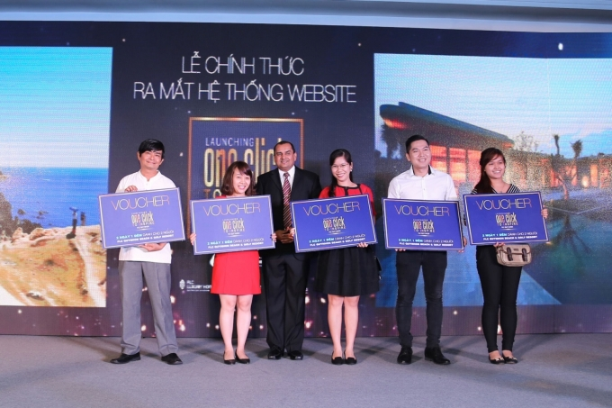 5 khách hàng may mắn dành voucher nghỉ dưỡng tại FLC Quy Nhơn khi tham gia trò chơi tương tác trực tuyến