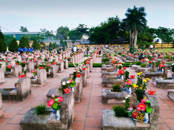 Nghĩa trang liệt sĩ thành phố Hà Nội, phường Tây Tựu, quận Bắc Từ Liêm.