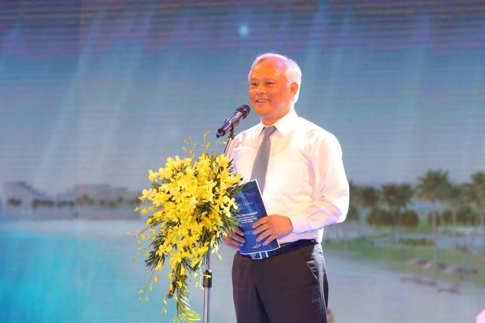 Ông Uông Chu Lưu - Ủy Viên BCH Trung ương Đảng - Phó Chủ tịch Quốc Hội phát biểu tại Lễ khánh thành quần thể FLC Quy Nhơn.