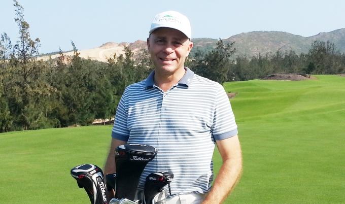 Ông Kelly Cherkowski, Giám đốc Hệ thống sân golf của FLC trên sân FLC Quy Nhơn Golf Links