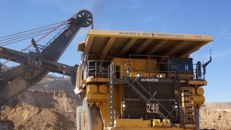 Hiện tại,công ty Barrick Goldđang sở hữu 5 mỏ vàng lớn tại Châu Mỹ. Theo dự kiến, 5 mỏ vàng này sẽ chiếm khoảng 70% tổng sản lượng vàng toàn công ty trong năm 2016.