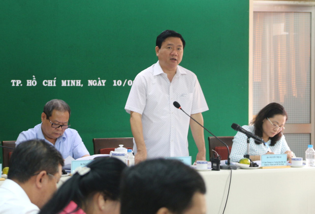 Bí thư Đinh La Thăng đề nghị phải tìm cách giảm giá nhà ở xã hội xuống 5-6 triệu đồng/m2