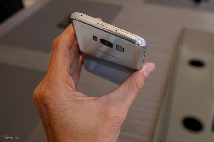 Samsung Galaxy S8 vẫn sử dụng thiết kế nhôm kế tương tự thiết bị tiền nhiệm