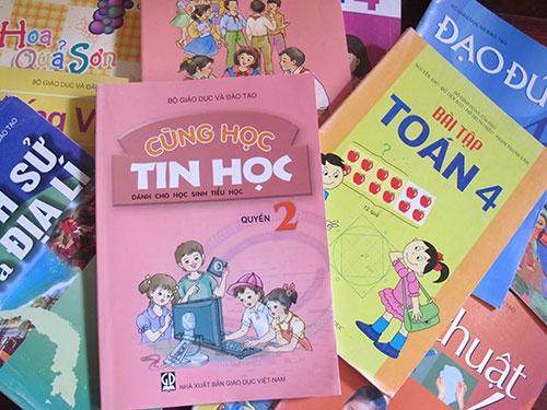 Tháng 4/2018 có sách giáo khoa mới lớp 1 và lớp 6. Ảnh: Giadinh.com.