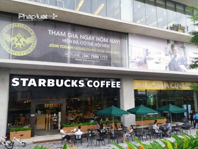 Tầng 1, cafe nổi tiếng mang thương hiệu Starbucks coffee đã có mặt tại tầng 1dự án Somerset West Point tọa lạc tại số 2 đườngTây Hồ, quận Tây Hồ, Hà Nội.