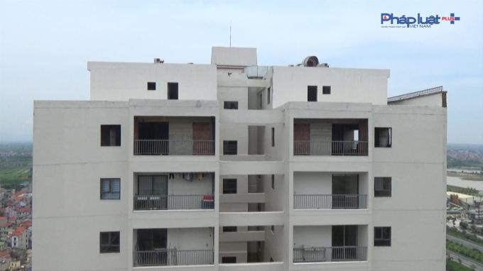 Chủ đầu tư xây dựng căn hộ tầng 25 thông lên tầng tum...